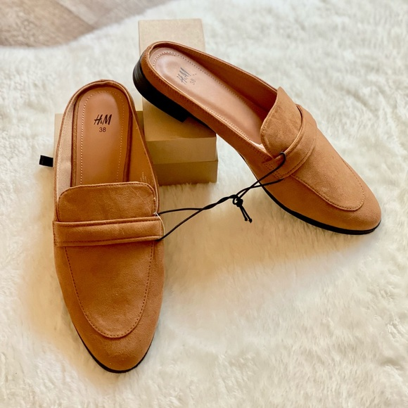 H&M   Tan Loafter
